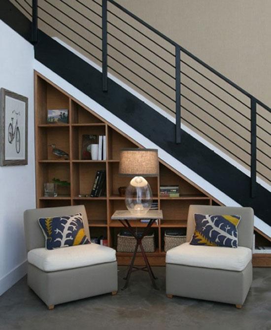 Architecture int rieure astuce de rangement cr ation style int rieur archi - Agencement sous escalier ...